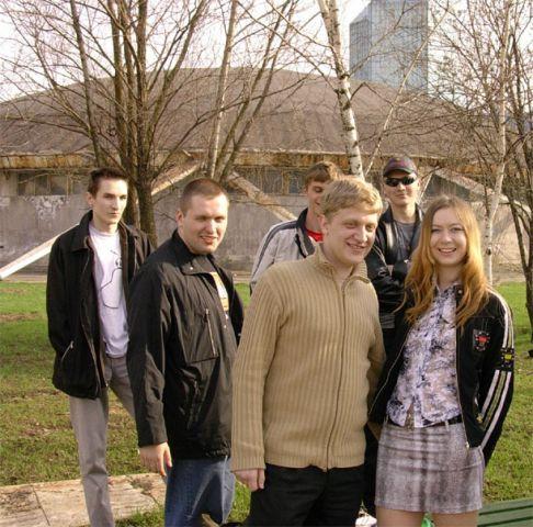 Слева направо: slYbYte, Серенький, Напалм, ФоресДир (а сзади